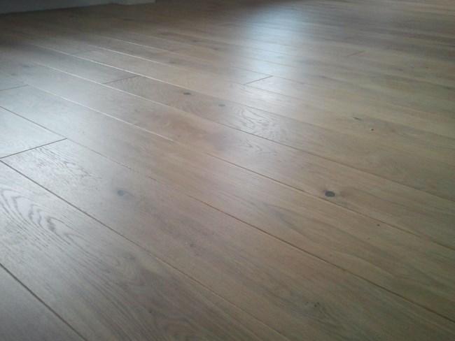 deska barlinecka na podłodze po ułożeniu
